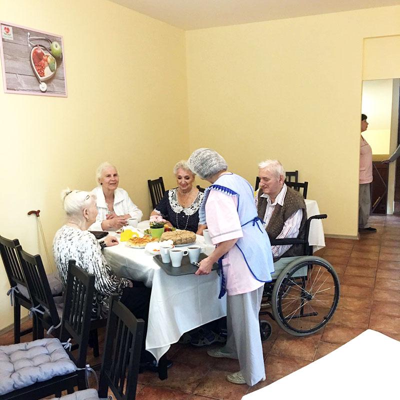 картинки пансионат для престарелых лучше