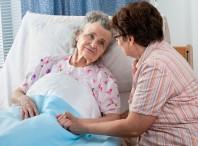 Уход за пожилыми людьми старше 80 лет в домашних условиях